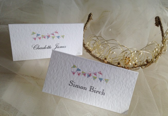 Summer Bunting Place Cards