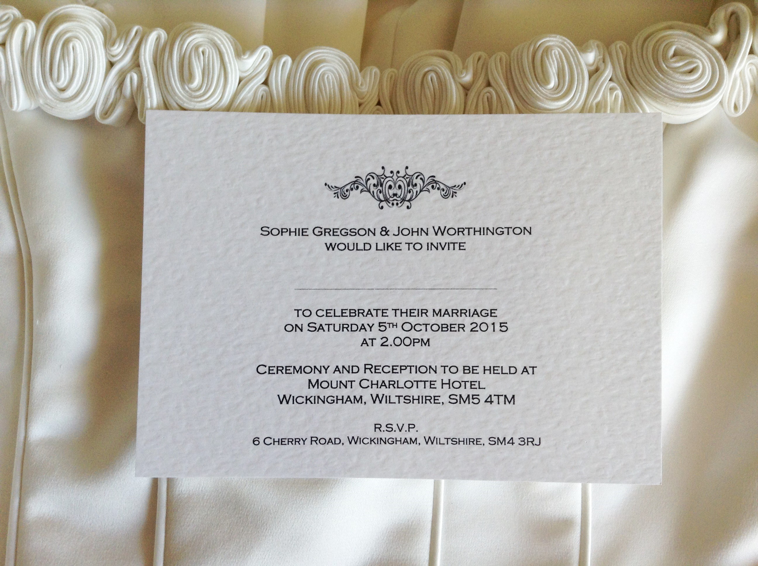 Wedding Invitations England: Motif Postcard Wedding Invitations