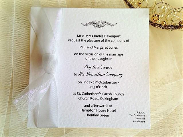 Motif Flat Square Wedding Invitations