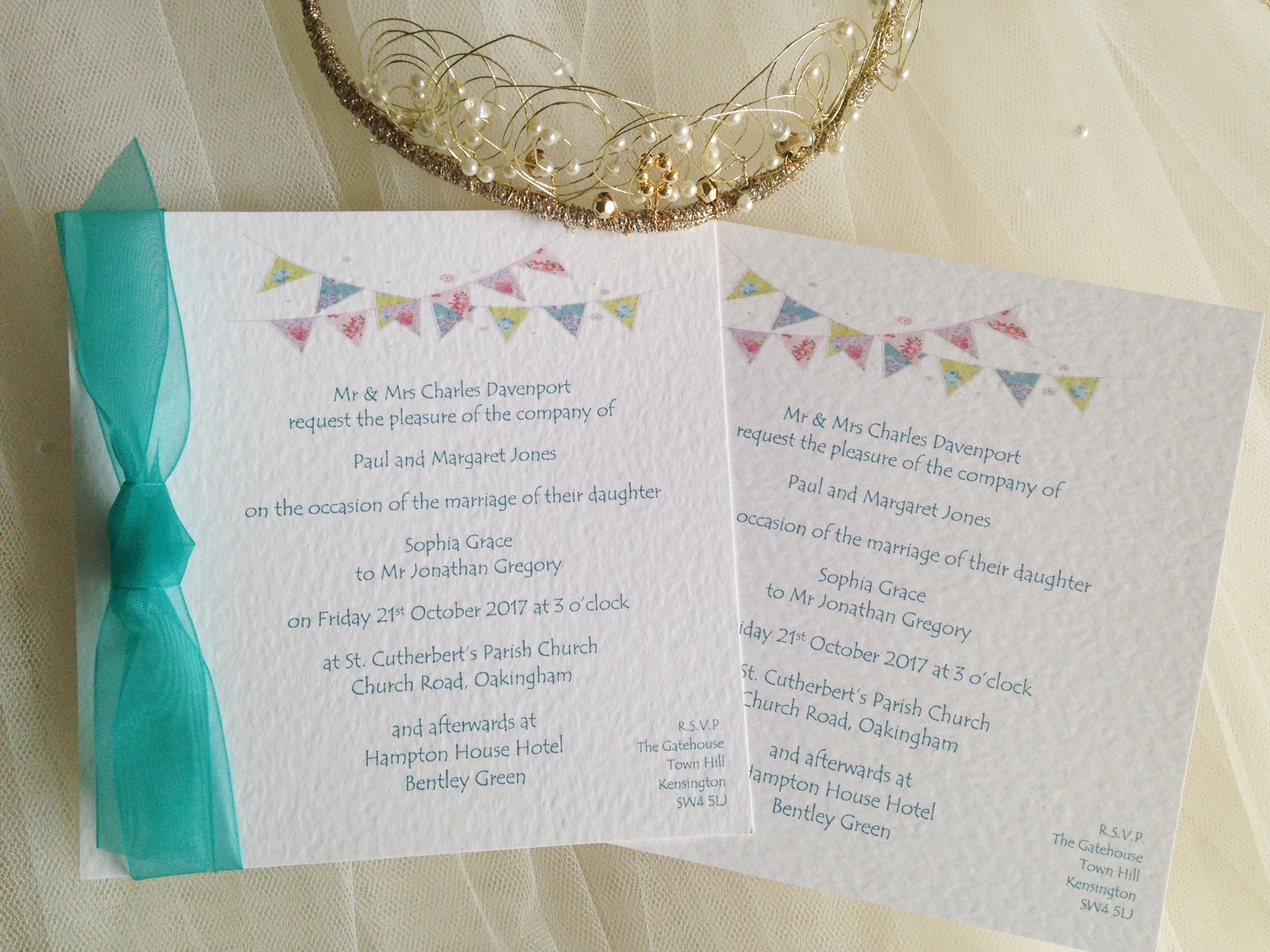 Summer Bunting Square Flat Wedding Invitations - Font: Tempus Sans