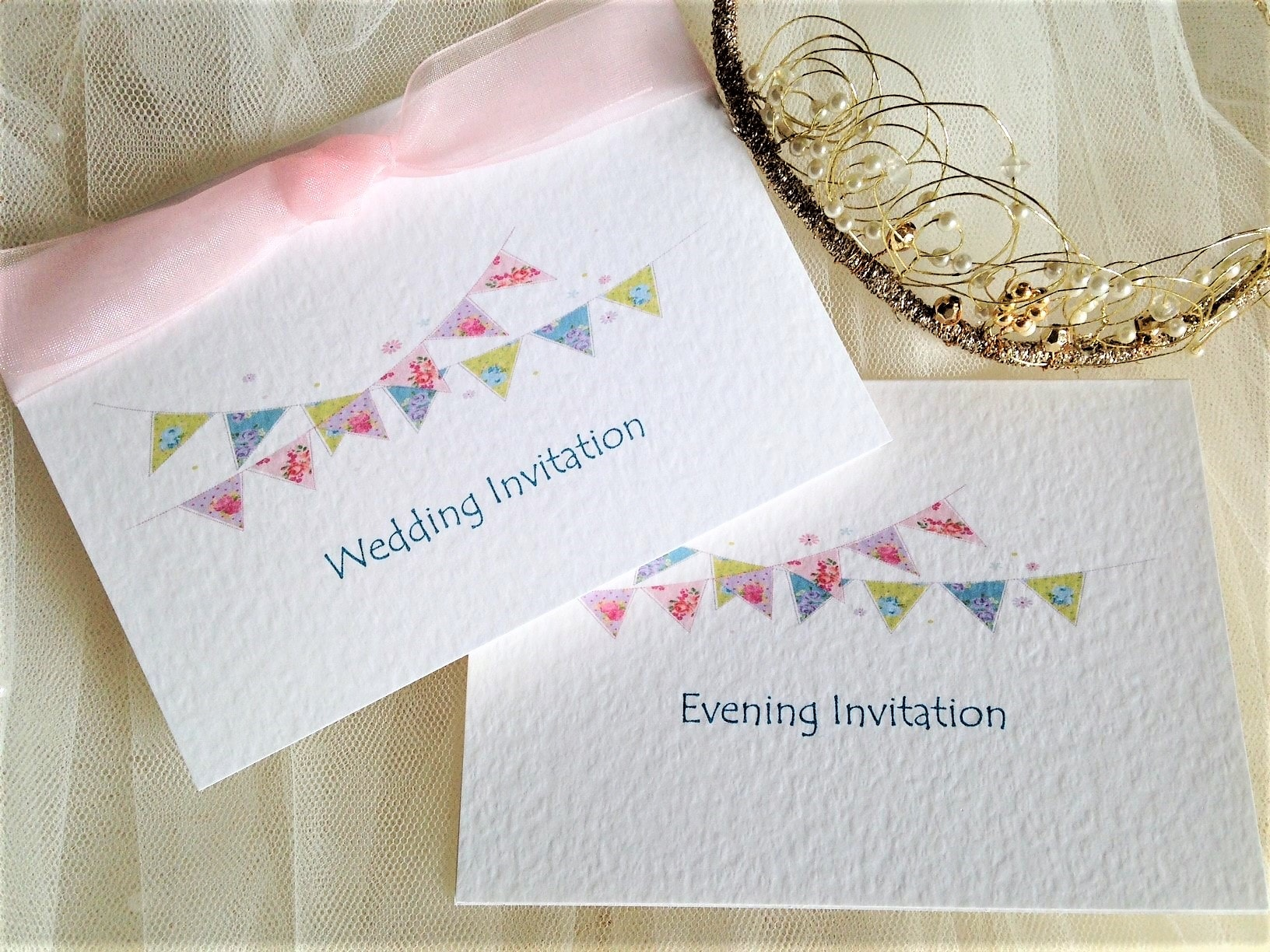 summer bunting top fold wedding invitations 1 min daisy chain invites