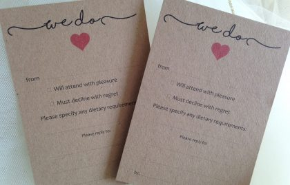 "Rustic RSVP Cards – ""We Do"". Pack of 20"