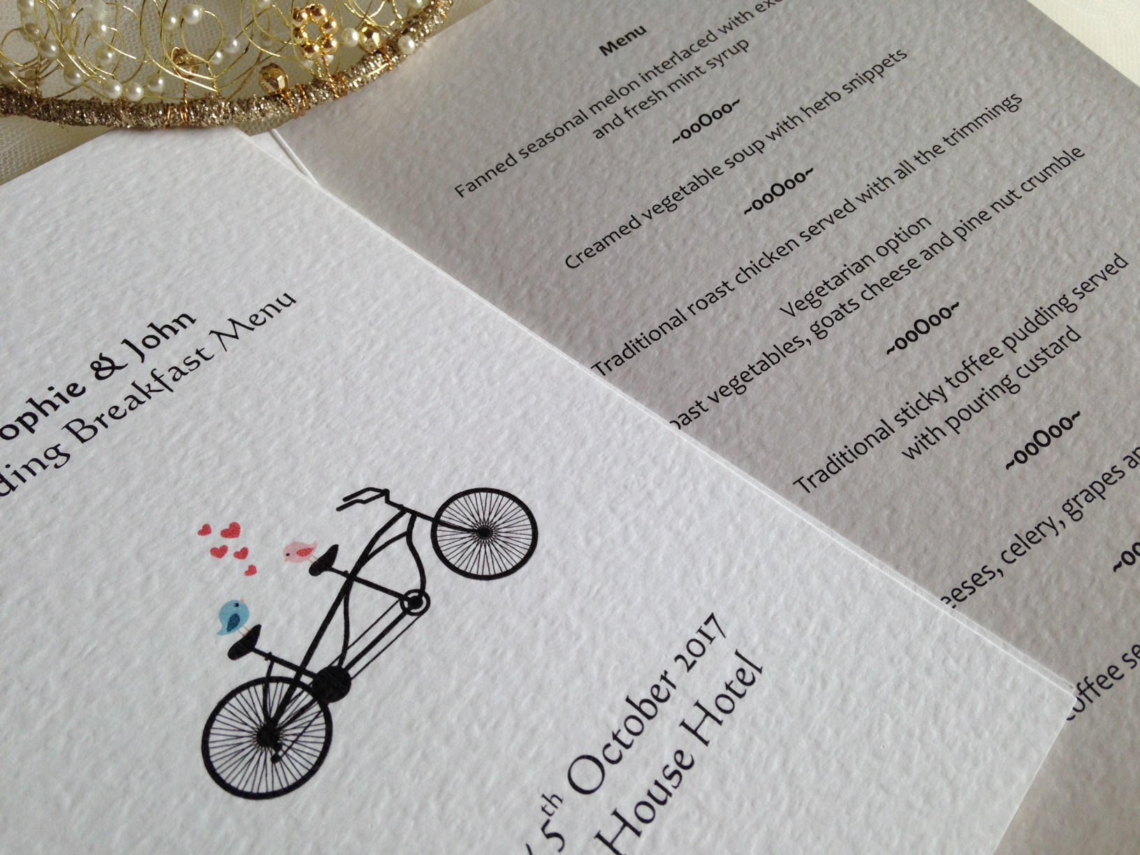Wedding menus daisy chain invites wedding menus stopboris Images