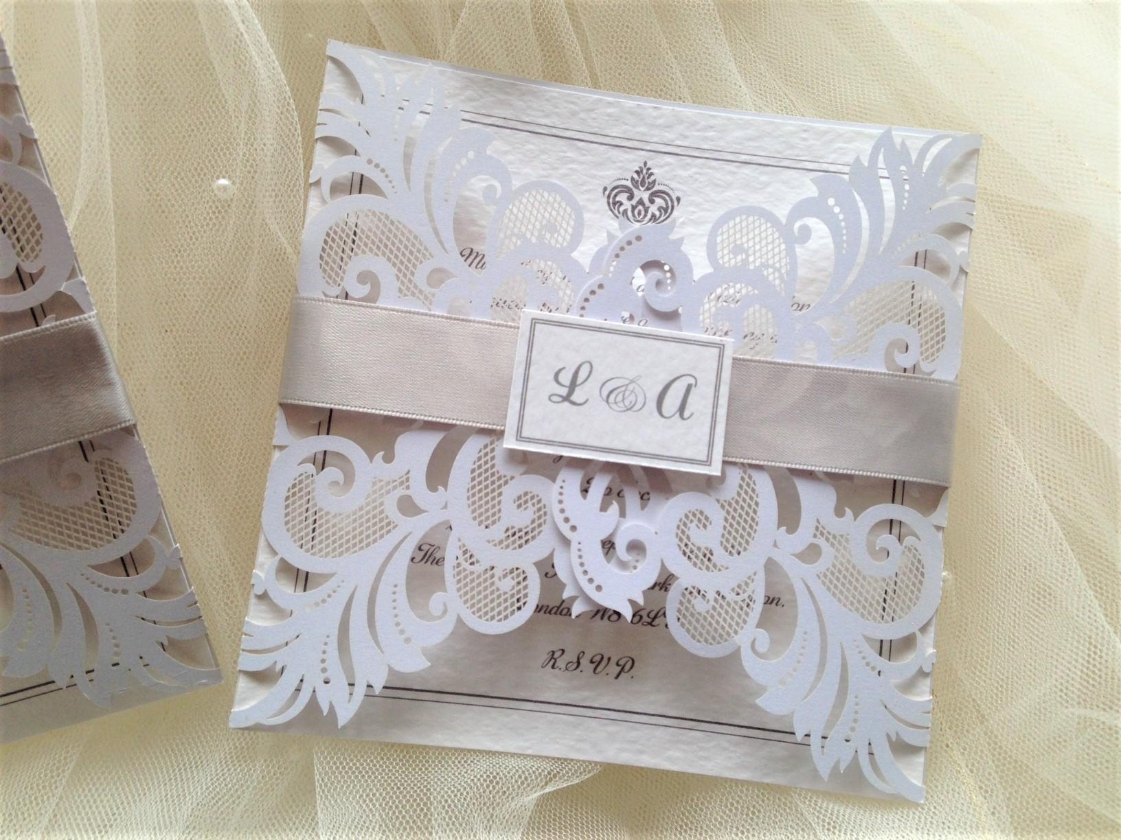 Personalised wedding invitations - Daisy Chain Invites